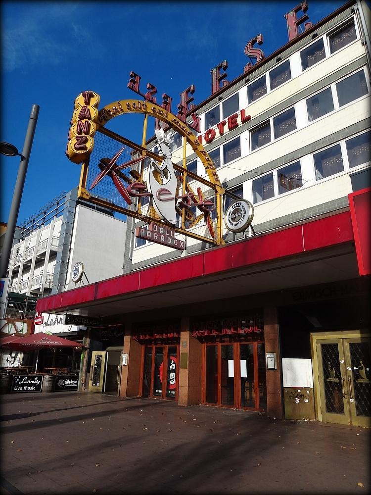 Café_Keese,_Hamburg,_Vorderseite
