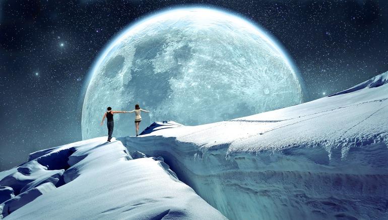 moon-2368443_1920